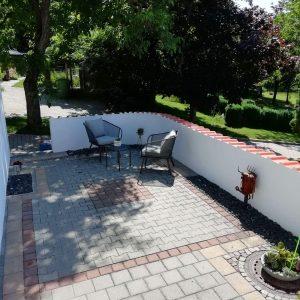 Vorplatz Garten